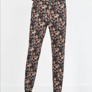 Zara Trafauluc Floral Jegging Trousers